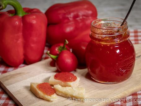 Marmellata di peperoni rossi piccante