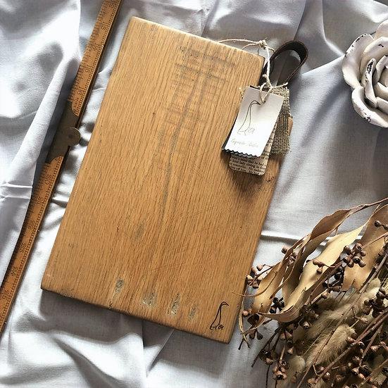 EA Rustic Leather Handle Oak Board