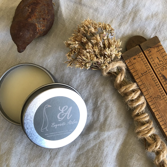 Natural handmade balm for wooden boards