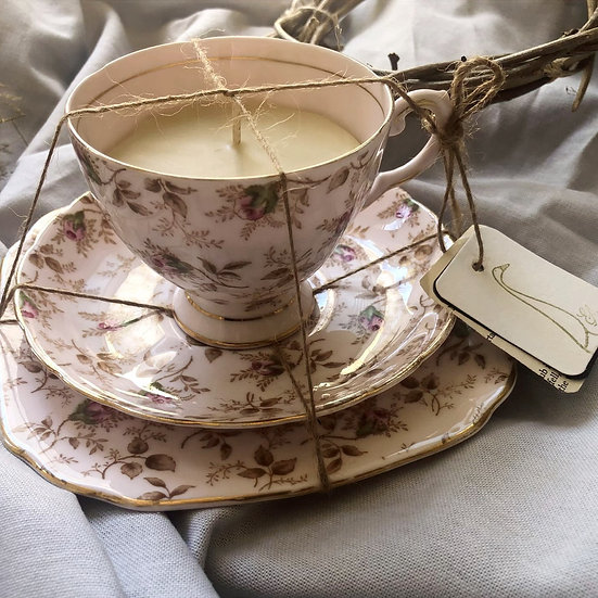 Vintage collection Hand-poured TeaCup Candle