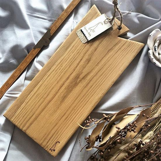 Antique Medium Oak Cutting Board