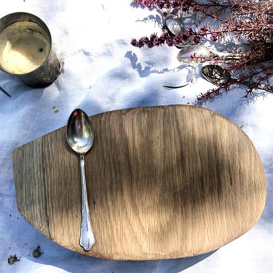 Rustic Oval Slide Edge Oak Board
