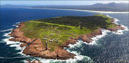 Gabo Island Lighthouse - VIC (PBH3 00 33420)