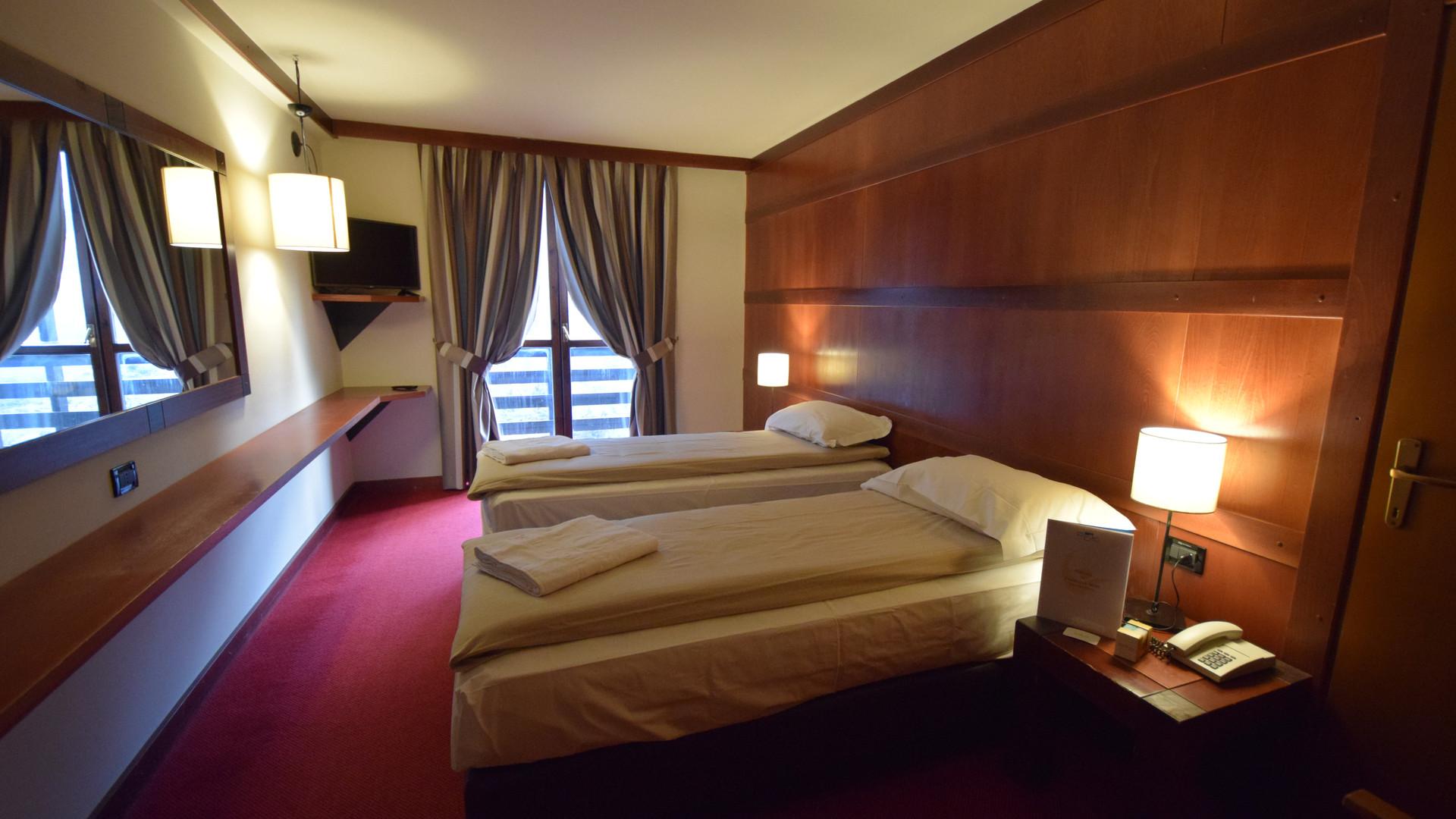 Hotel Piandineve6.jpg