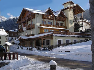 Hotel Almazzago ***
