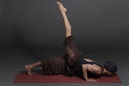 Jógaoktaó képzés - Samadhi Jógastúdió
