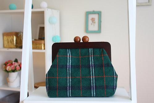 Выкройка сумки с деревянным фермуаром 20 см