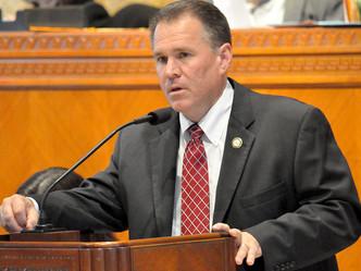 Tort reform passes Senate panel