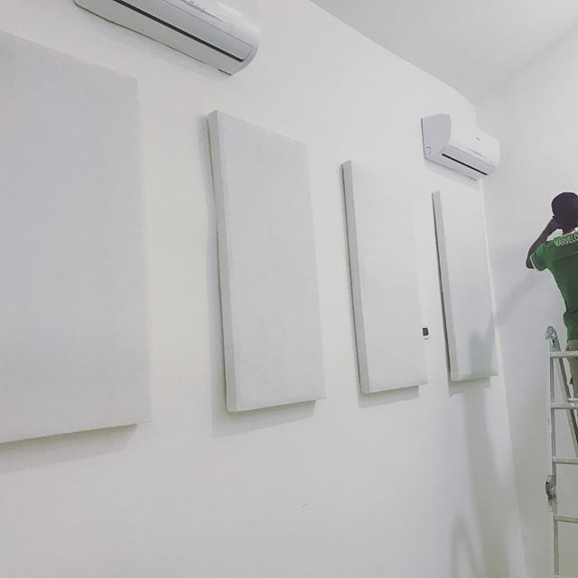 All white Audiovisual purpose built Stud