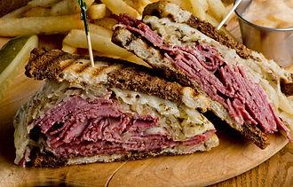 Reuben Sandwich, classic traditional Ame