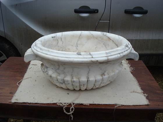 C19th marble Cistern