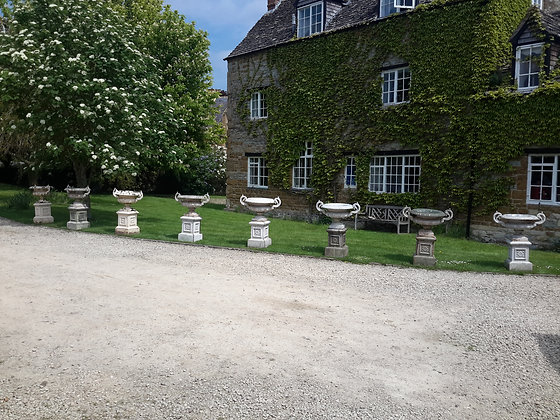 C19th Set 8 cast iron garden urns