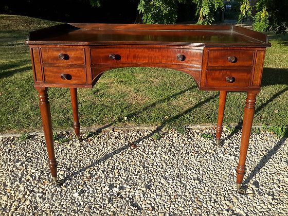 Regency Gillow concave dressing table