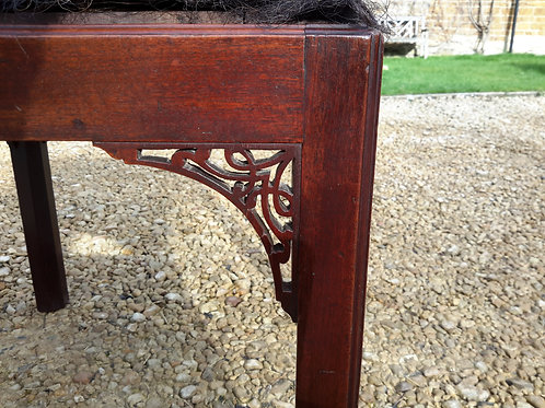 Geo III stool