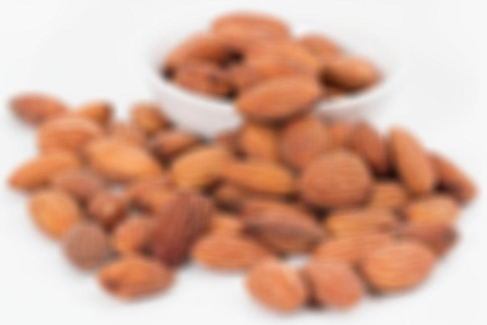 almonds-1768792_1920_edited.jpg