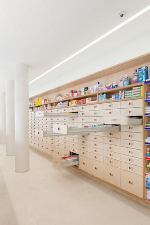 09SMRSFarmacia0426.jpg