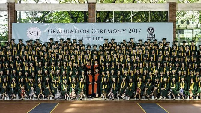 Selamat, UPH College Angkatan 2017!