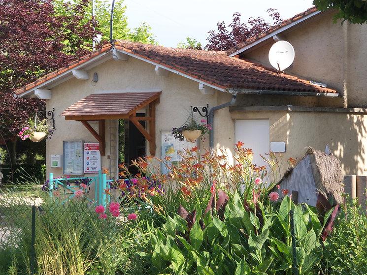 Camping_Le_Méridien__La_Roche-Chalais_Â