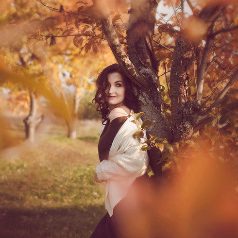 Edina_portré_2015_11_.jpg