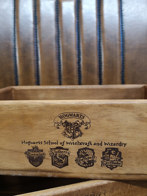 School & House Crest Side Handle - Box Size 2