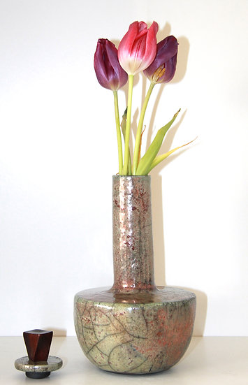 "Vase ""Hazegawa"" Sushi"