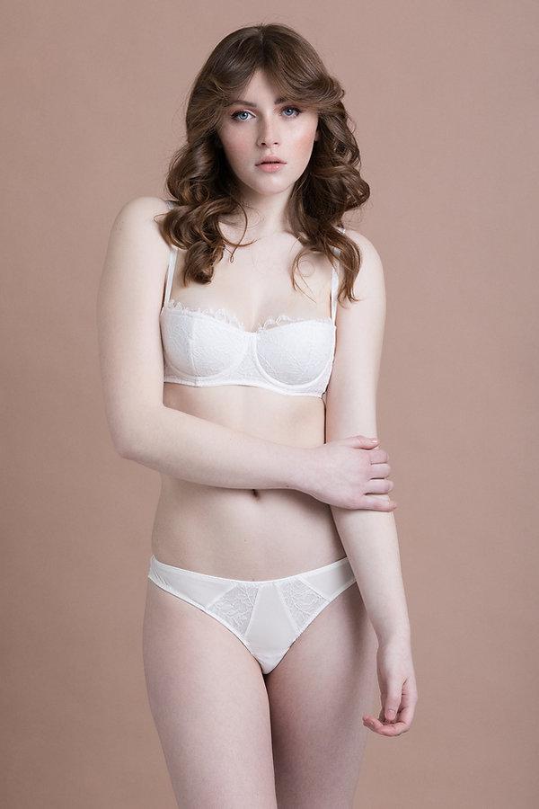 mirabilia lingerie, lingerie fine, made in france, lingerie créateur, soutien-gorge corbeile, tanga, dentelle de calais
