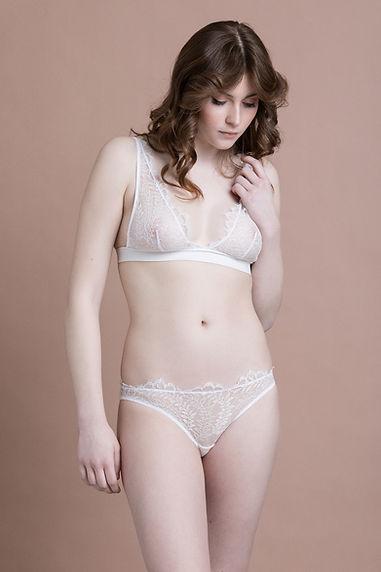 mirabilia lingerie, lingerie fine, made in france, lingerie créateur, triangle foulard, culotte, dentelle de calais