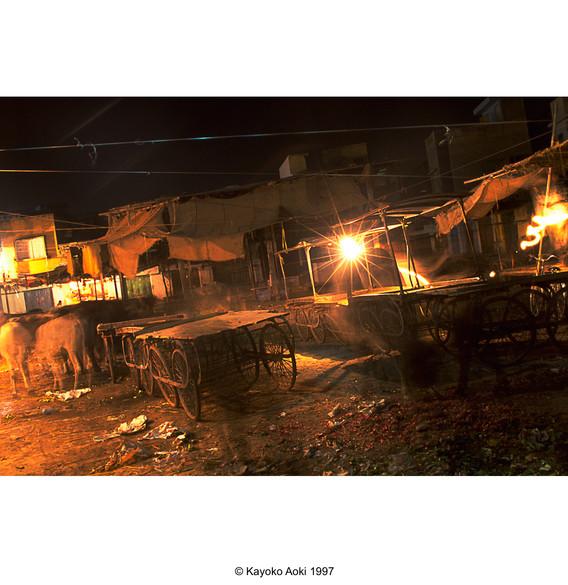 india003.jpg