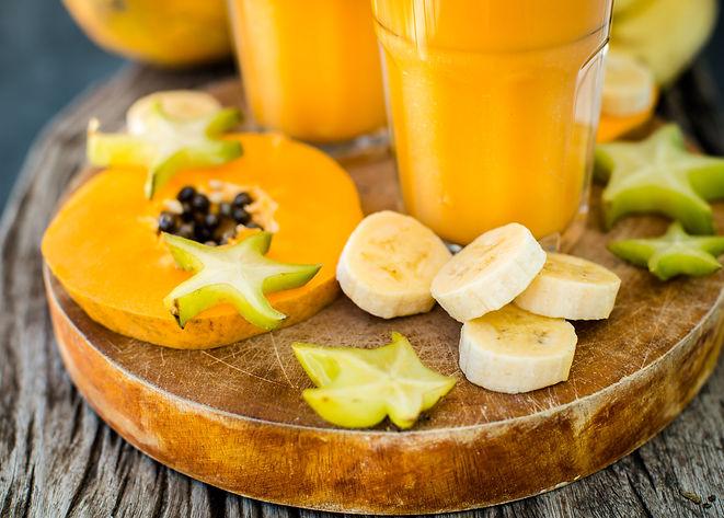 tropical-smoothie-with-papaya-and-banana