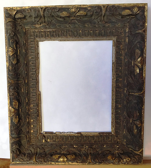 Early 19th carved and gilded frame