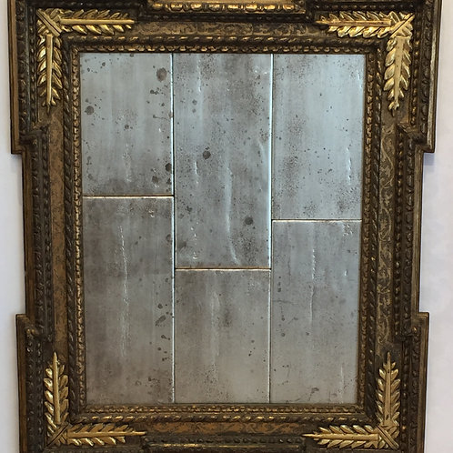 Antique Albani Style frame with 'a twist'