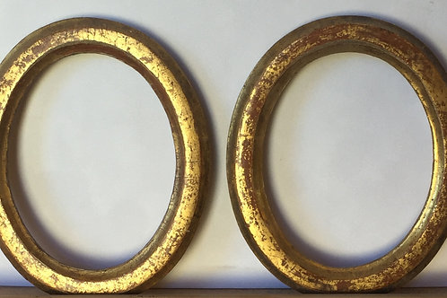 Early 20th petit oval frames (a pair)