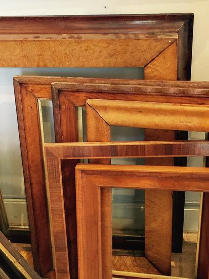 Divers American wood frames