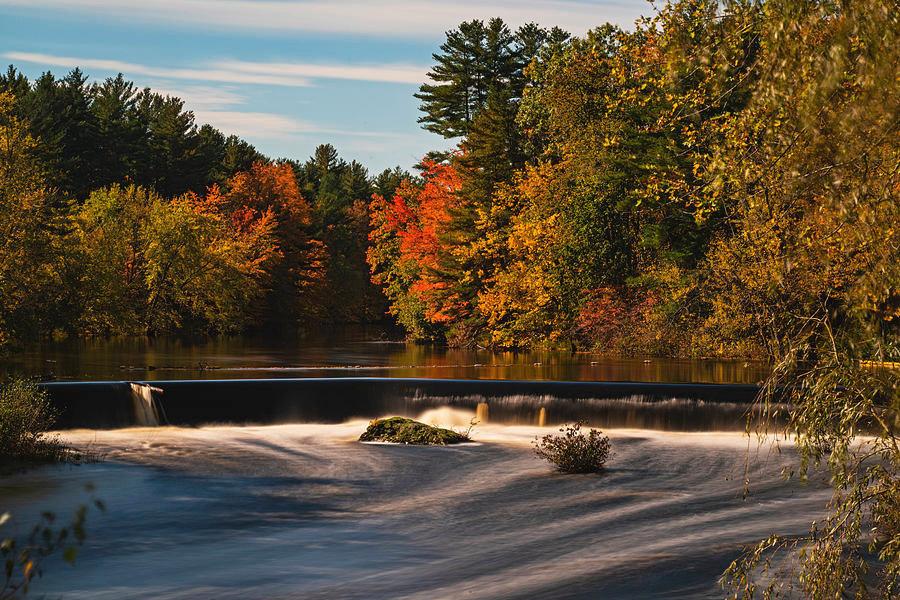 contoocook-waterfall-at-autumn-contoocoo