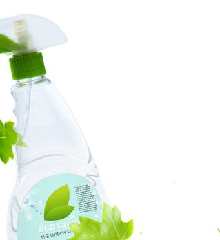 Nettoyant pour verre avec des feuilles