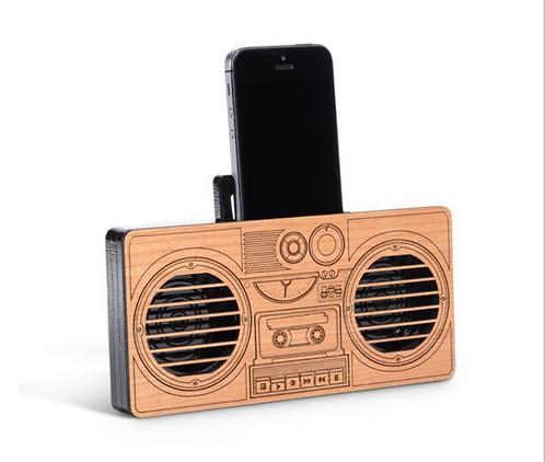 Retro Boombox Phone Amp