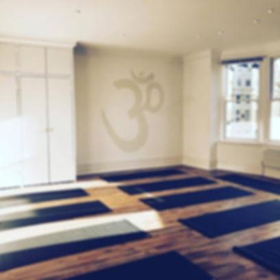 Yoga Teacher Training Venu Hove