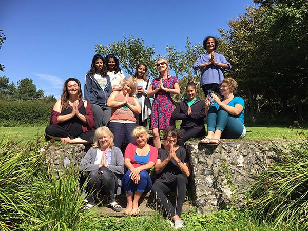 yoga group at yoga retreat.jpg