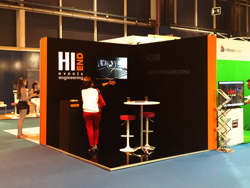 Stand Hi End. Days Event
