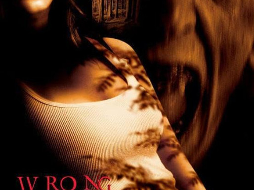 Wrong Turn (2003) film review