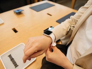 Quais são as melhorias do Apple Watch Series 2?