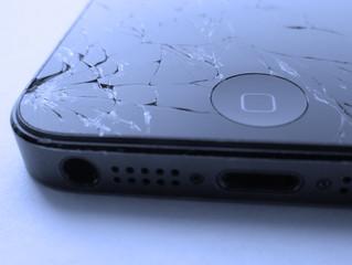 iPhone com tela quebrada tem conserto?