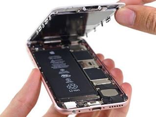 iPhone com bateria velha fica mais lento?