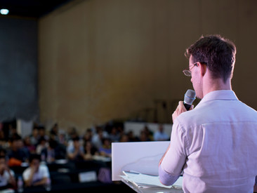 和田圭介弁護士が『初心者向け英文契約書勉強会(第1回)』と題するオンラインセミナーを2020年7月16日㈭に行いました。