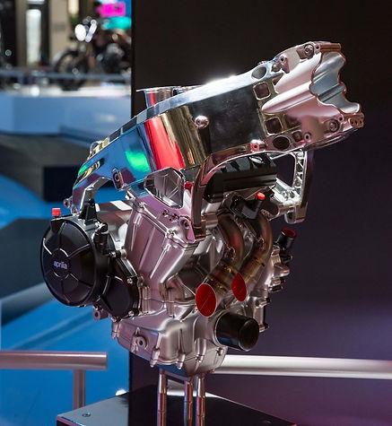 660 moteur.jpg