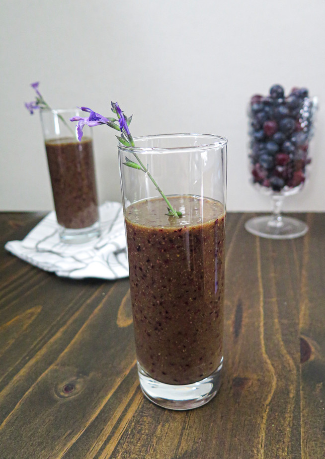 Gut-Health Berry Banana Smoothie