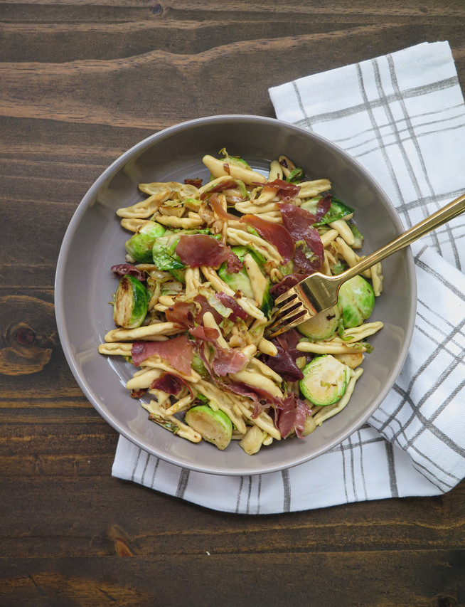 Brussels Sprouts and Crispy Prosciutto Pasta