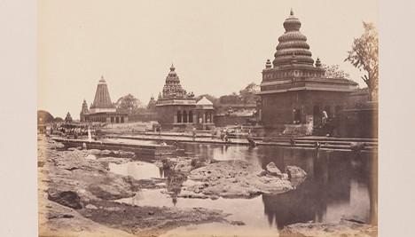 Hindu templomok a Krisna folyónál, Wai Satara, Kép forrása: flickr.com The Commons, no copyright restrictions