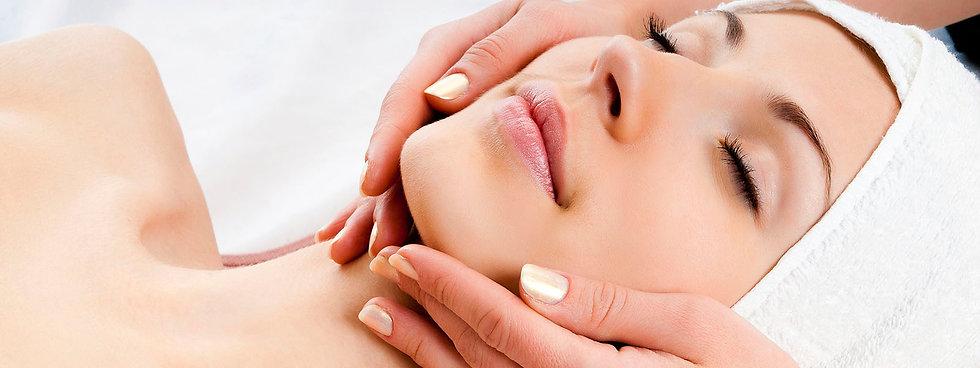 Holistic and Corrective Facial services I Microneedling I Skin Care products I Durham & Clarington Regions I Skin Diva Studio