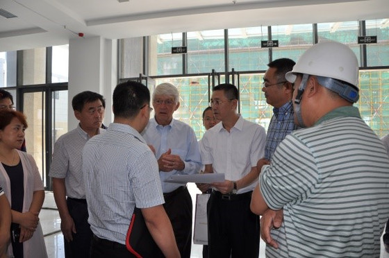 Roger·Beachy came to No. 5 Building in the core area of Food Valley of China